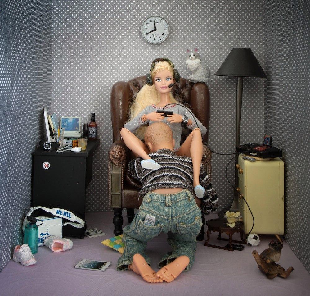 porno-filmi-iz-kukol-barbie
